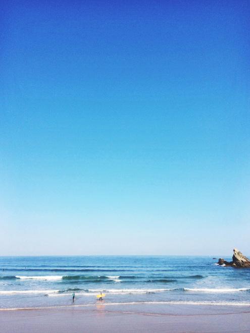 Cote-des-Basques-Surfers