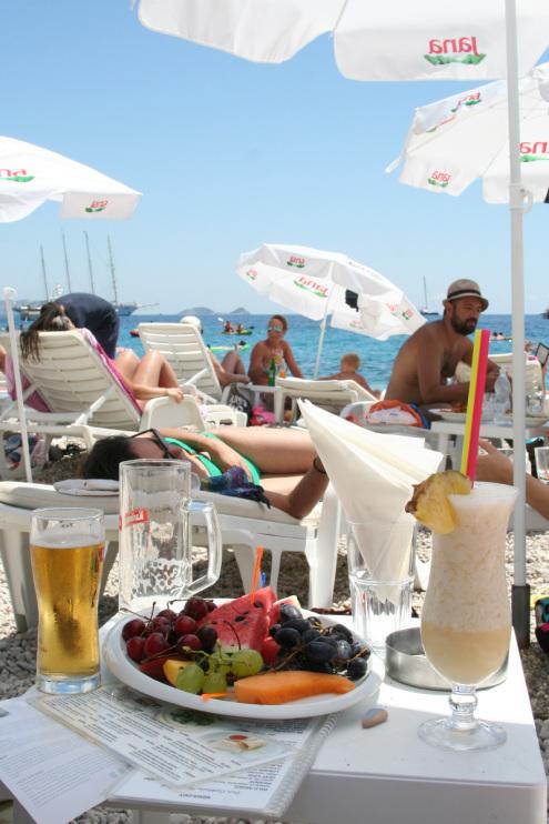 Lunch at Banje Beach Club in Dubrovnik, Croatia