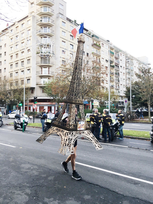 Eiffel Tower at the San Sebastian Marathon