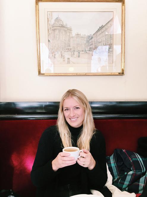 The_Baguettenbergers_Vienna_Austria_Cafe_Griensteidl_Becca